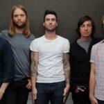 Mickey Madden, bajista de Maroon 5, arrestado por violencia de género
